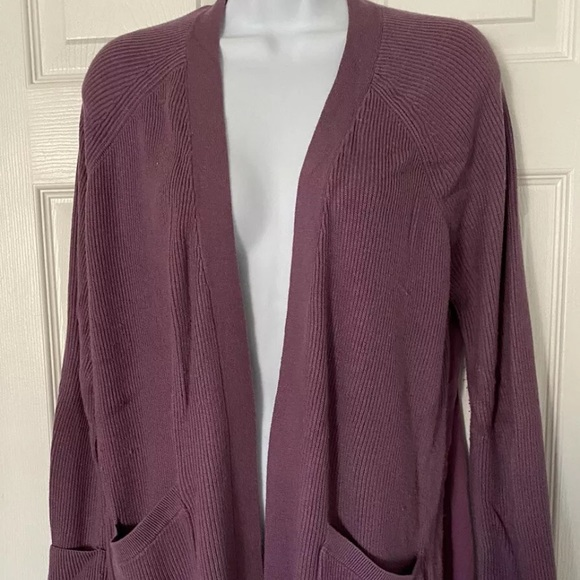 lululemon athletica Sweaters - Lululemon 🧘‍♀️Cardigan Plum 🍋